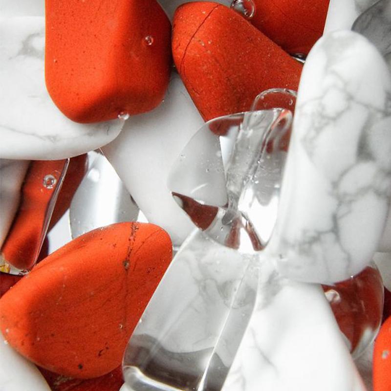 Красная яшма и магнезит